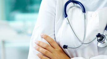 Médecin avec un stéthoscope